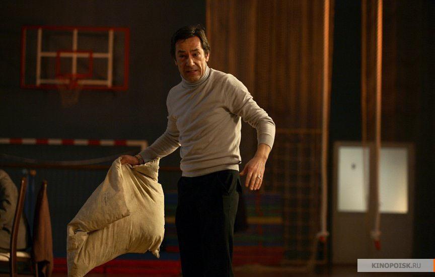 Кадр из фильма 12 (Двенадцать), 2007 год (21)