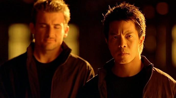 Кадр из фильма Непобедимый, 2001 год (02)