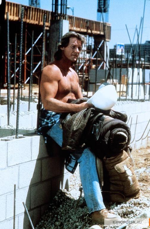 Кадр из фильма Они живут (Чужие среди нас), 1988 год (11)
