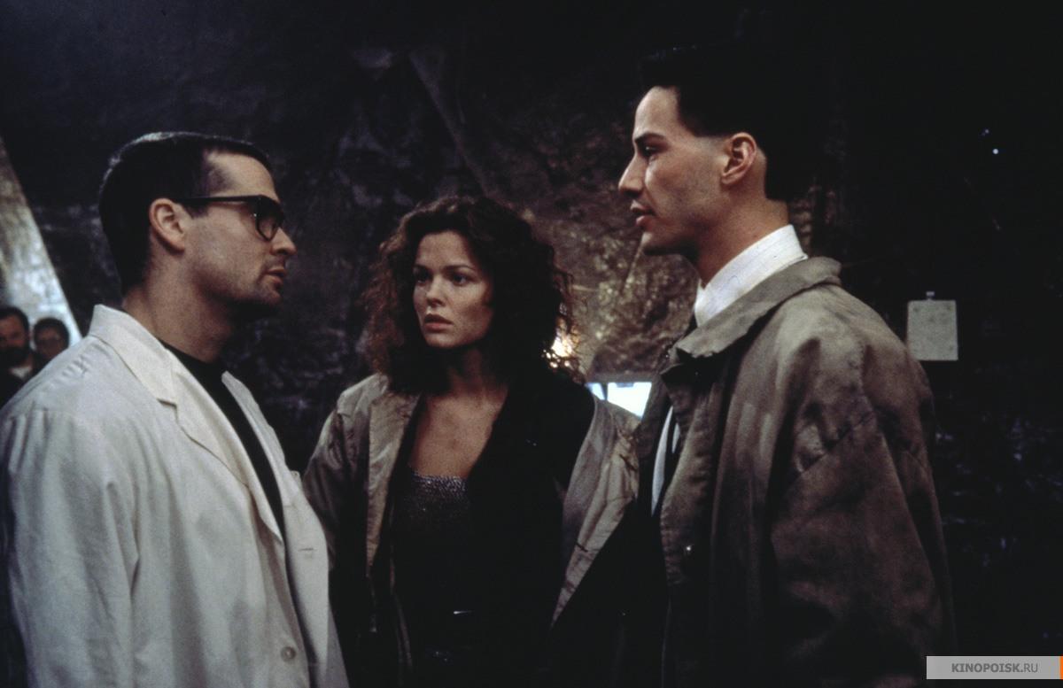 Кадр из фильма Джонни Мнемоник, 1995 год (04)