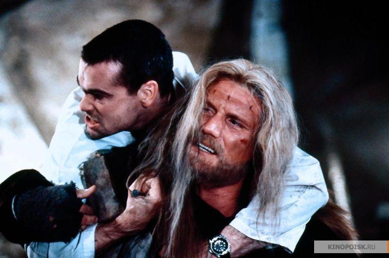 Кадр из фильма Джонни Мнемоник, 1995 год (07)
