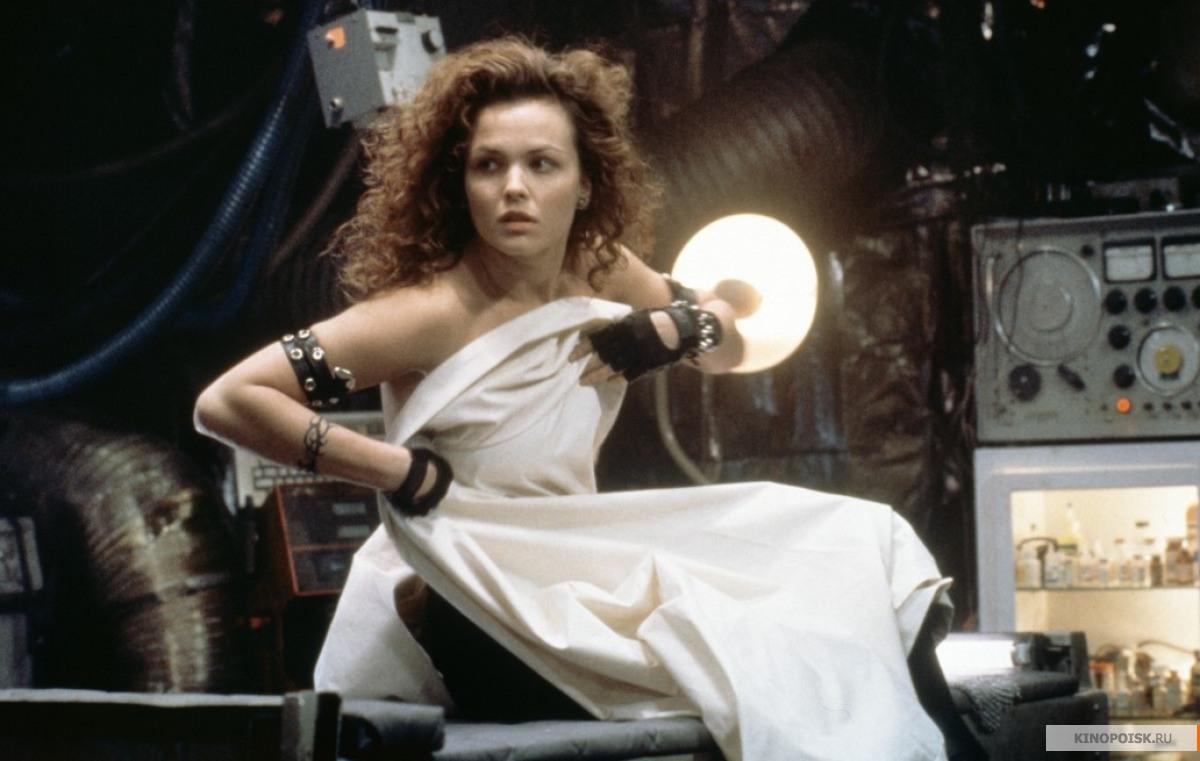 Кадр из фильма Джонни Мнемоник, 1995 год (08)