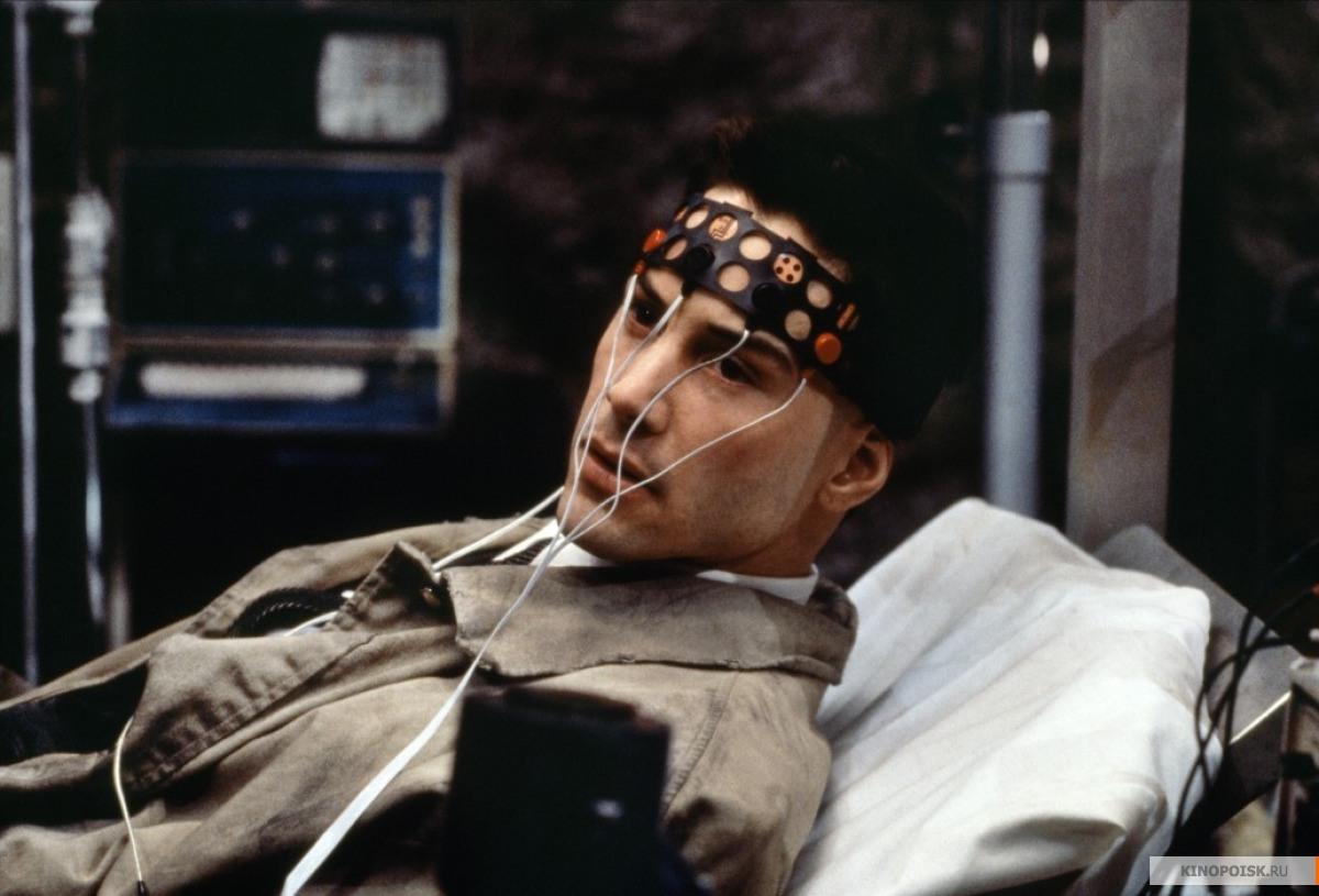 Кадр из фильма Джонни Мнемоник, 1995 год (12)