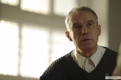 Кадр из фильма 12 (Двенадцать), 2007 год (07)