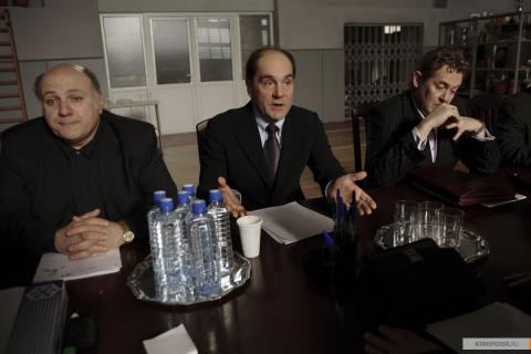 Кадр из фильма 12 (Двенадцать), 2007 год (14)