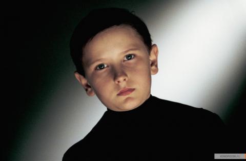 Кадр из фильма Эквилибриум, 2002 год (02)