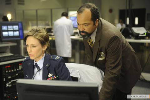 Кадр из фильма Исходный код, 2011 год (02)