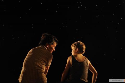 Кадр из фильма Невозможное, 2012 год (09)