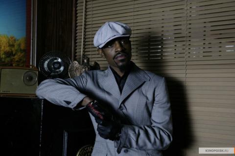 Кадр из фильма Револьвер, 2005 год (02)