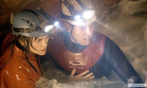 Кадр из фильма Санктум, 2010 год (03)