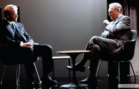 Кадр из фильма Свой человек, 1999 год (06)