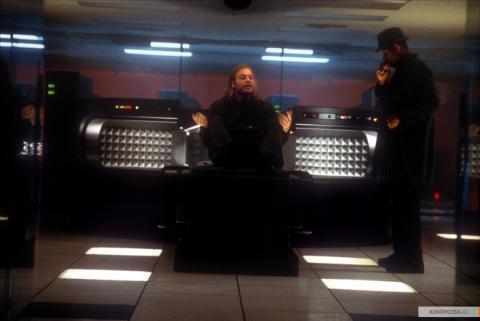 Фильм Тринадцатый этаж, 1999 год (08)