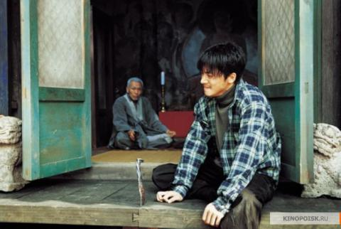 Кадр из фильма Весна, лето, осень, зима... и снова весна, 2003 год (06)