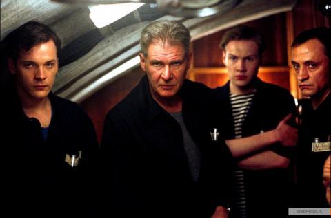 Кадр из фильма К-19, 2002 год (06)