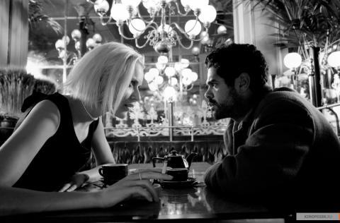 Кадр из фильма Ангел-А, 2005 год (03)