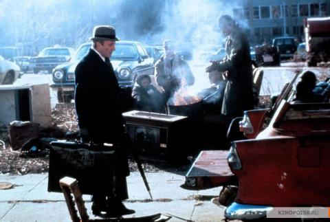 Кадр из фильма Будучи там, 1979 год (05)