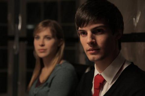 Кадр из фильма Частоты, 2013 год (03)