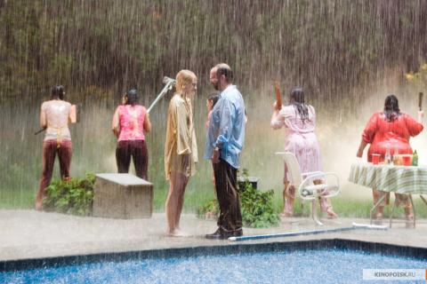 Кадр из фильма Девушка из воды, 2006 год (12)