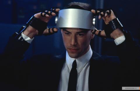 Кадр из фильма Джонни Мнемоник, 1995 год (03)