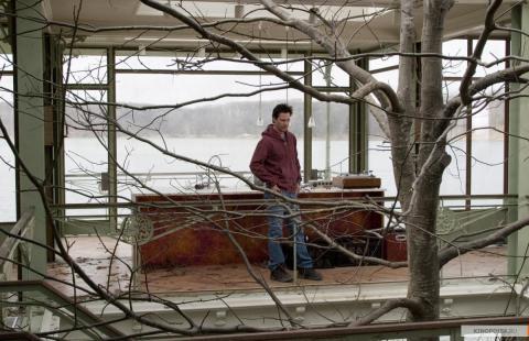 Кадр из фильма Дом у озера, 2006 год (04)