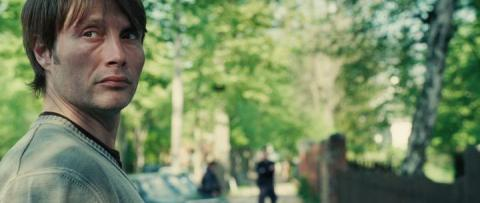Кадр из фильма Дверь, 2009 год (07)