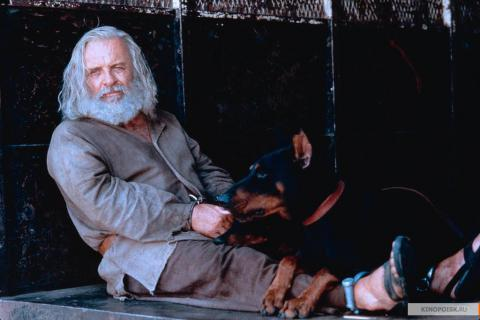 Кадр из фильма Инстинкт, 1999 год (16)