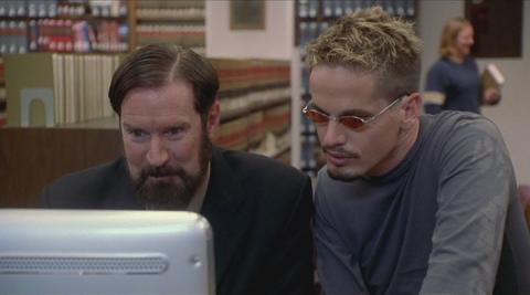 Кадр из фильма Изменяющий время (Преобразователь времени), 2002 год (07)