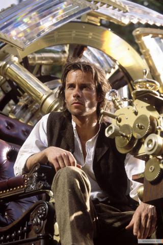 Кадр из фильма Машина времени, 2002 год (12)