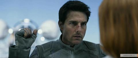 Кадр из фильма Обливион, 2013 год (02)
