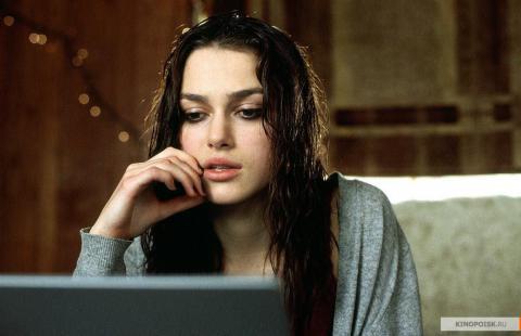 Кадр из фильма Пиджак, 2004 год (06)