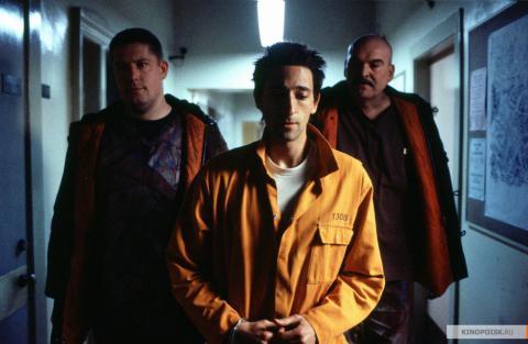 Кадр из фильма Пиджак, 2004 год (12)