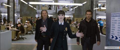 Кадр из фильма Призрачный патруль, 2013 год (06)
