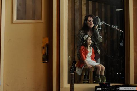 """Кадр из фильма """"Развод в большом городе"""", 2012 год (09)"""
