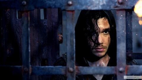 Кадр из фильма Седьмой сын, 2014 год (08)