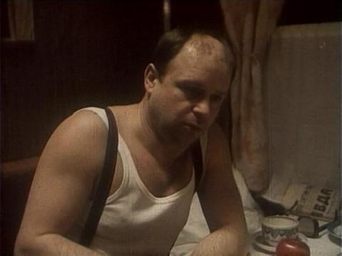 Кадр из фильма СВ. Спальный вагон, 1989 год (02)