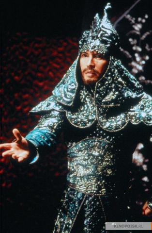 Кадр из фильма Тень, 1994 год (07)