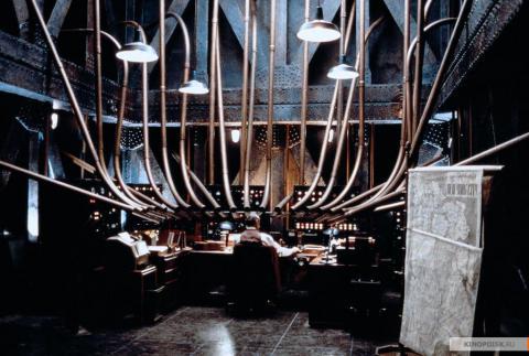 Кадр из фильма Тень, 1994 год (12)