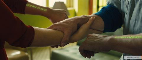 Кадр из фильма Время, 2011 год (11)
