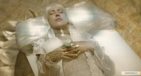 Кадр из фильма Зеркальная маска, 2005 год (05)