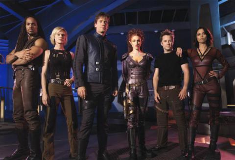 Кадр из сериала Андромеда, 2000-2005 год