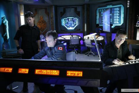 Кадр из сериала Звездные врата: Атлантида, 2004-2009 год (05)