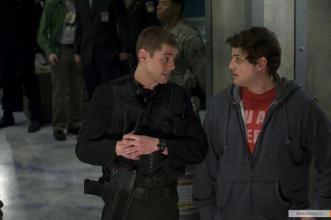 Кадр из сериала Звездные врата: Вселенная, 2009-2011 год (01)