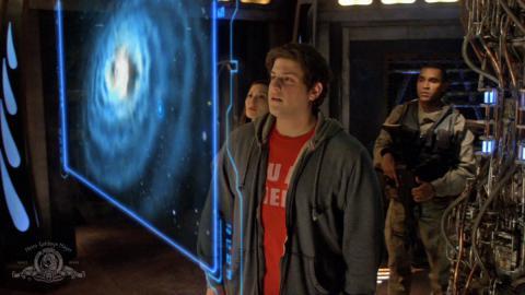 Кадр из сериала Звездные врата: Вселенная, 2009-2011 год (05)