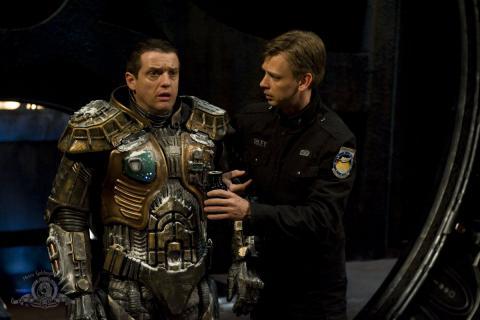 Кадр из сериала Звездные врата: Вселенная, 2009-2011 год (08)
