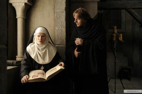 Кадр из фильма Видения – Из жизни Хильдегарды фон Бинген, 2009 год (06)